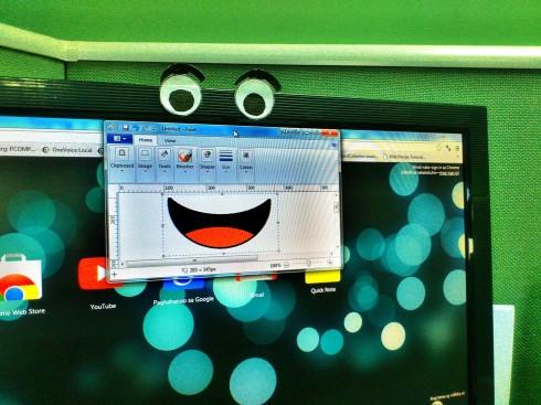 Smiling Monitor
